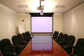 guide to project screen installation services from experts