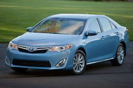 2014 toyota xle review 2014 toyota camry hybrid overview cars com