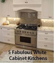 Range Backsplash Ideas by 104 Best White N Bright Kitchen Images On Pinterest Kitchen