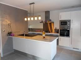 cuisine blanche plan de travail bois cuisine blanche plan de travail inox idée de modèle de cuisine