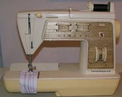 singer sewing machine black friday 23 best vintage singer sewing fun images on pinterest