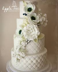 wedding cake essex 25 best wedding cakes images on tree cakes cake craft