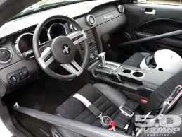 mustang v6 interior m5lp 1007 07 o 2006 ford mustang pony package v6 interior photo