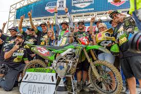 pro ama motocross article 08 27 2017 monster energy kawasaki and eli tomac clinch