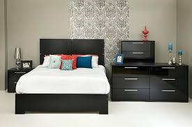 chambre à coucher bois massif chambre a coucher en bois blanc massif radcor pro