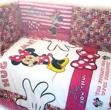 piumone per lettino completo piumone e paracolpi per lettino disney minnie it