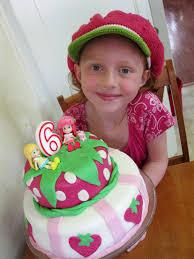 eco friendly birthday party tips and vegan fondant birthday cake