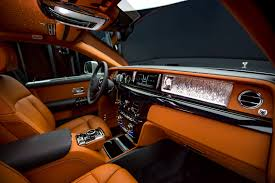 diamond plated rolls royce rolls royce puts a gallery inside the new phantom viii cool hunting