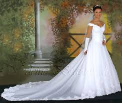 brautkleider mit schleppe luxuriöses brautkleid hochzeitskleid kleid lange schleppe
