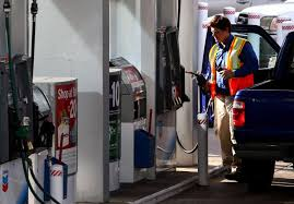 fuel prices dip ahead of thanksgiving travel houston chronicle