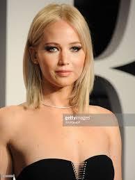 Jennifer Lawrence Vanity Photos Et Images De 2016 Vanity Fair Oscar Party Hosted By Graydon
