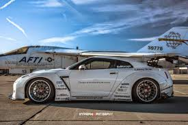nissan gtr body kit get wide in europe thanks to liberty walk u0027s r35 gt r kits