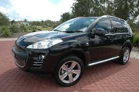 peugeot series 2010 peugeot 4007 photos and wallpapers trueautosite