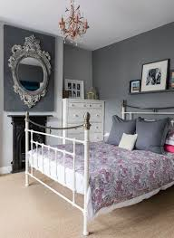 Bedrooms With Grey Walls by Bedroom With Grey Walls And Metal Bed Frame Decorating Ideas For