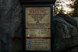 halloween horror nights age restrictions flight of the hippogriff