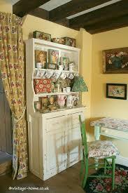 Vintage Cottage Decor by 62 Best Pottery Cottage Images On Pinterest Vintage Homes
