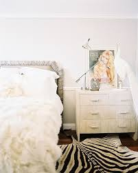 Feminine Bedroom Furniture by Best 20 Edgy Bedroom Ideas On Pinterest Industrial Bedroom