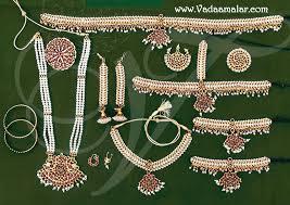 beautiful south indian pearl and kemp temple bridal