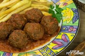 cuisiner des boulettes de viande recette de boulettes de viande sauce tomate