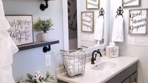 guest bathroom decorating ideas lovely best 25 guest bathroom decorating ideas on pinterest