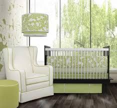 fauteuil chambre bébé allaitement design interieur fauteuil allaitement blanc chambre bébé vert