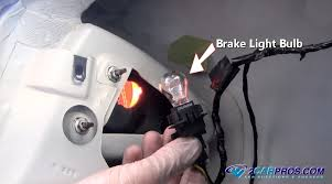 2006 hyundai sonata 3rd brake light replacement got a brake light out fix it in under 15 minutes