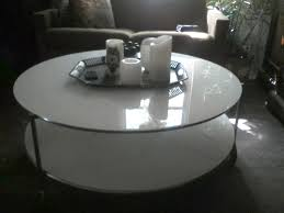 ikea strind coffee table find more ikea u0027s strind 2 tier white glass coffee table on casters