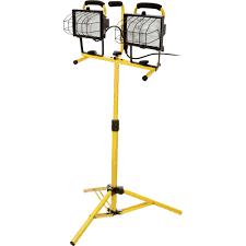 hdx portable halogen work light ironton halogen dual head tripod worklight 1000 watts 16 000