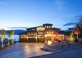 Kelowna Luxury Homes by Welcome Pars Homes