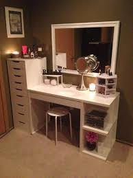 Bedroom Makeup Vanity With Lights How To Organize Your Vanity Rock Bedrooms And Big