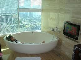 Bathtub Indonesia Bath Tube With Lcd Tv Picture Of Hotel Indonesia Kempinski