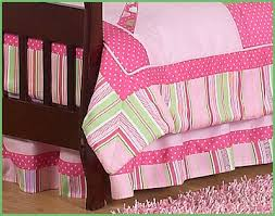 Girls Jungle Bedding by Pink And Green Toddler Bedding A Guide On Pink And Green Girls