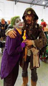 halloween jack sparrow costume file comic con brussels 2016 joker u0026 jack sparrow 26401823300