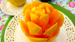 how to cut a mango into rose flower great mango cutting style