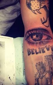 justin bieber birthday tattoo bea miller tattoo singer gets birthday tattoo with her mother 6 twist