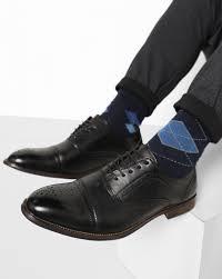 men u0027s footwear buy shoes sneakers flip flops u0026 sandals at ajio