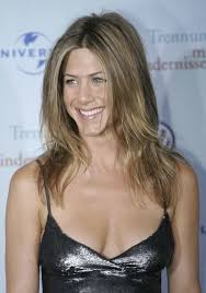 jennifer aniston u0027s hair evolution the rachel the bob u0026 more