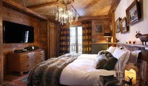 deco chambre chalet montagne déco chalet montagne une centaine d idées pour la chambre à