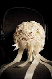 5 Tips For Choosing The Perfect Wedding Vendors by 5 Tips How To Choose The Perfect Bridal Bouquet