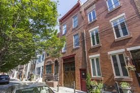 two house vista carriage house offers two properties for one asks