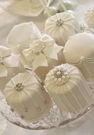 mini wedding cakes cake mini white cakes 2730921 weddbook