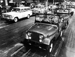 jeep wagoneer white jeep cj 5 and wagoneer assembly line late 1960s early 1970s