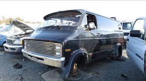 custom dodge vans junkyard treasure mid cruzer 1976 dodge custom autoweek
