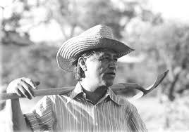cesar chavez activist cesar chavez s legacy unites two area organizations st