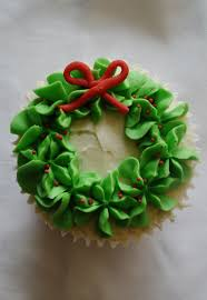 christmas wreath cupcake wreaths cake and holidays