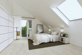 schlafzimmer mit dachschrge gestaltet schlafzimmer geräumiges schlafzimmer mit dachschräge streichen