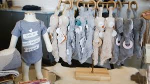 former vanity co workers open women s clothing boutique in south
