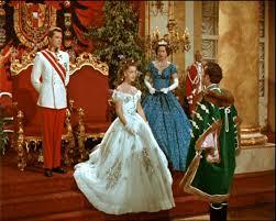 robe de mari e sissi robe de mariée brodée inspiration le de capucine fée des robes