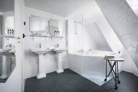 greatest hits 10 favorite baths à la française remodelista