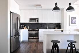 parquet cuisine carrelage ou parquet dans sa cuisine cuisine